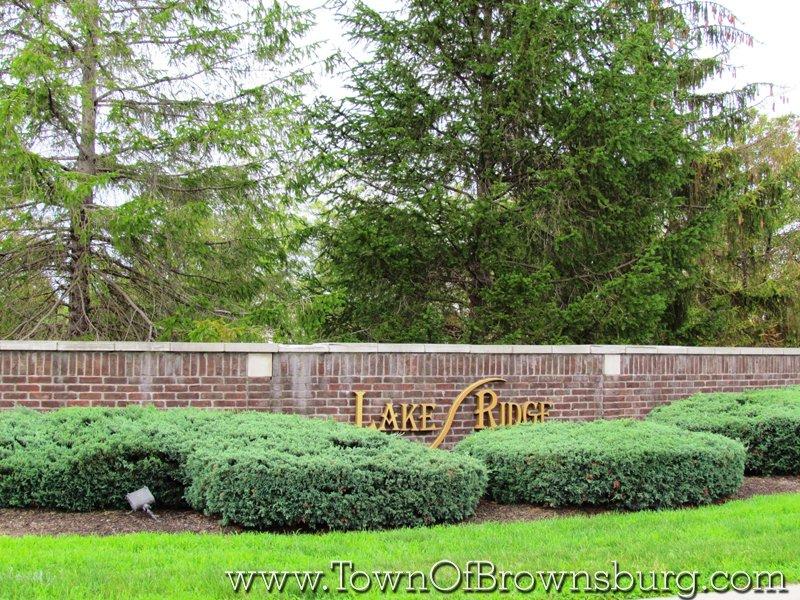 Lake Ridge, Brownsburg, IN: Entrance
