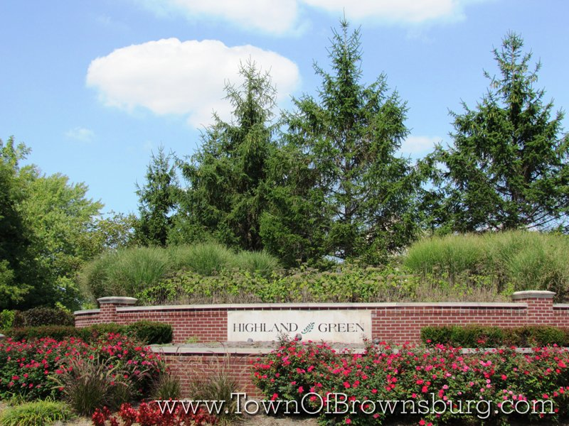 Highland Green, Brownsburg, IN: Entrance